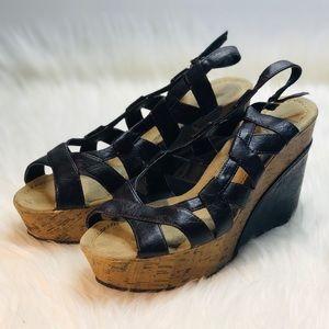Madden Girl Wedge Sandal Brown   8.5